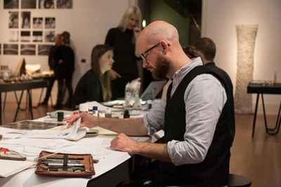 emil sommerfeldt drawing at live drawing event Martin-Gropius-Bau, Berlin.